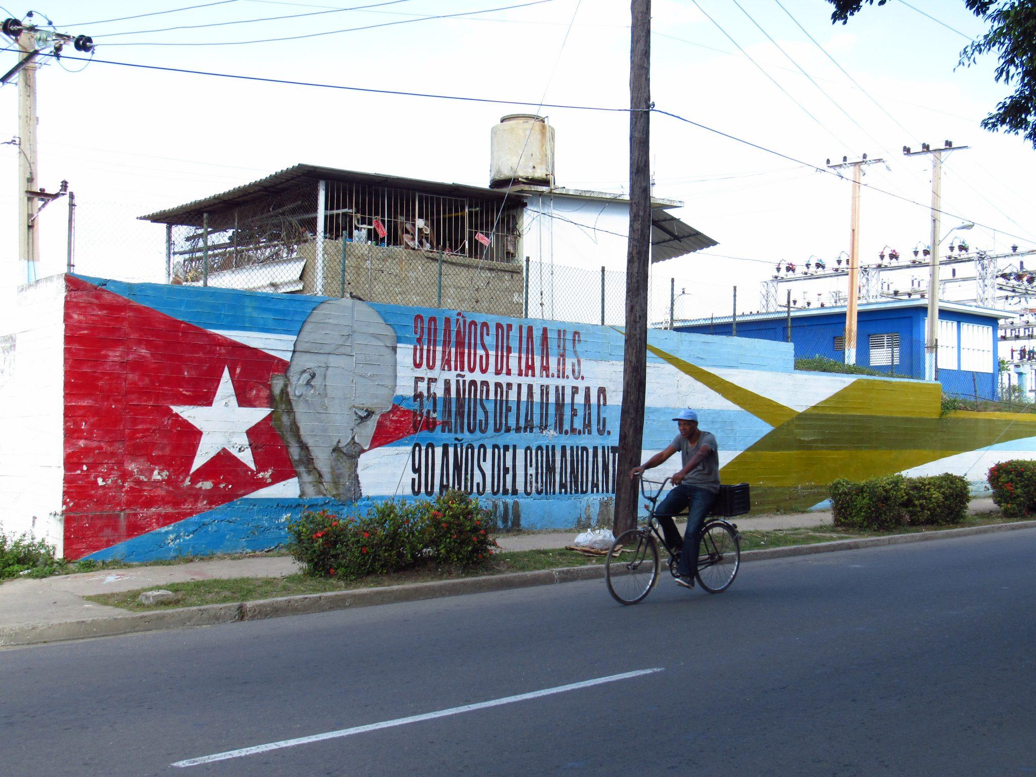 Fidel Castro mural
